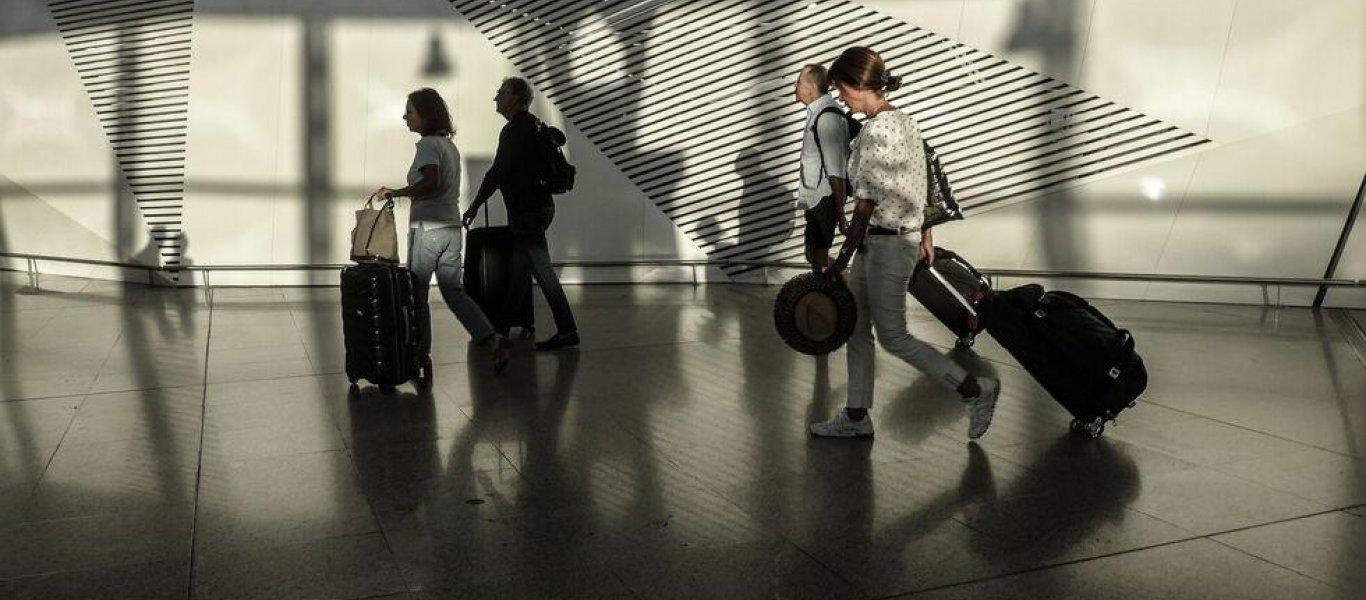 Η τραγωδία του ελληνικού τουρισμού σε αριθμούς: Μείον 99,2% τα έσοδα τον Μάϊο! – 83% η πτώση εσόδων για το 2020!