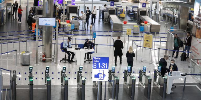 Πτήσεις: Οι χώρες θα κατατάσσονται σε «κόκκινες», «κίτρινες» και «πράσινες» -Πού θα γίνονται τα τεστ!