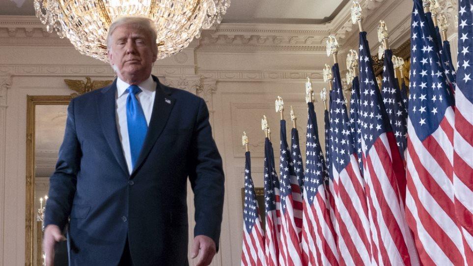 Αμερικανικές εκλογές 2020: Μπάιντεν και Τραμπ ετοιμάζονται να δώσουν μάχη και στο Συνταγματικό Δικαστήριο