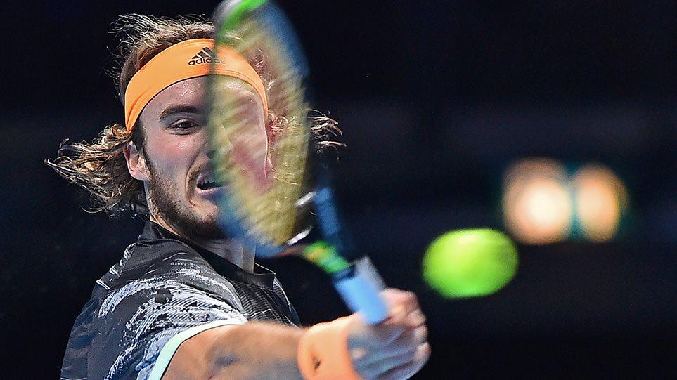 ΕΓΡΑΨΕ ΙΣΤΟΡΙΑ ο Έλληνας τενίστας! Bασιλιάς στο Λονδίνο ο Τσιτσιπάς -Κατέκτησε το ATP Finals, κέρδισε τον Τιμ! (ΒΙΝΤΕΟ)
