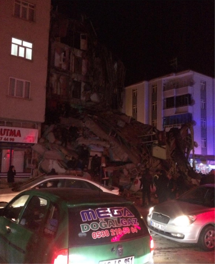 Πανίσχυρος σεισμός 6,8 ρίχτερ στην Τουρκία! Κατέρρευσαν κτήρια- Φόβοι για πολλές ζημιές και θύματα (ΣΥΓΚΛΟΝΙΣΤΙΚΑ BINTEO)