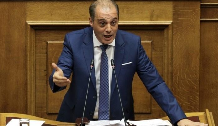 Βελόπουλος: Κλείσατε τις εκκλησίες, ενώ τα τζαμιά στη Θράκη λειτουργούσαν κανονικά!