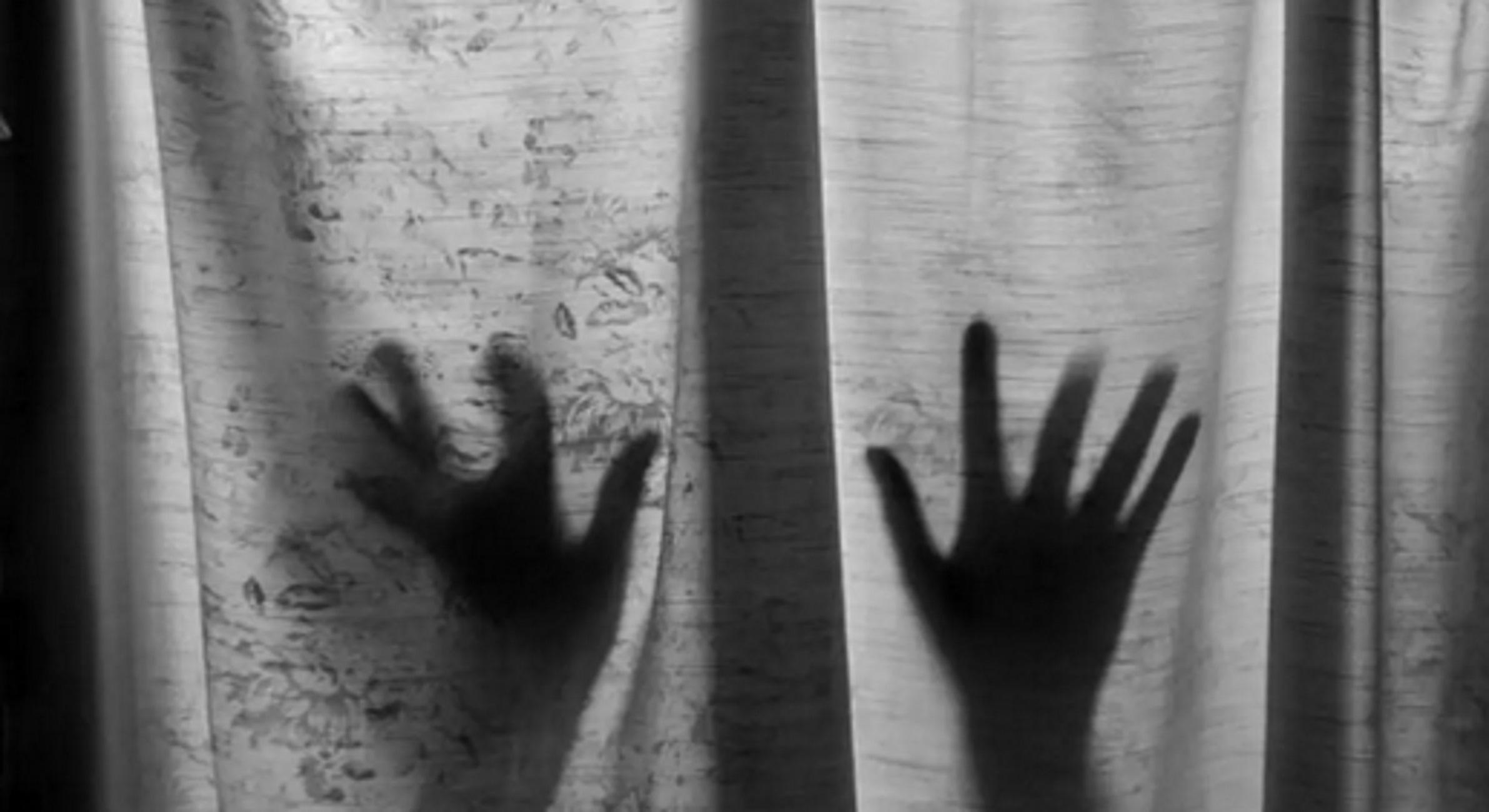 Νέες φρικιστικές αποκαλύψεις: Ψάχνουν τους 4 που έβλεπαν τον 62χρονο καθηγητή να ασελγεί στον ανήλικο μαθητή του!
