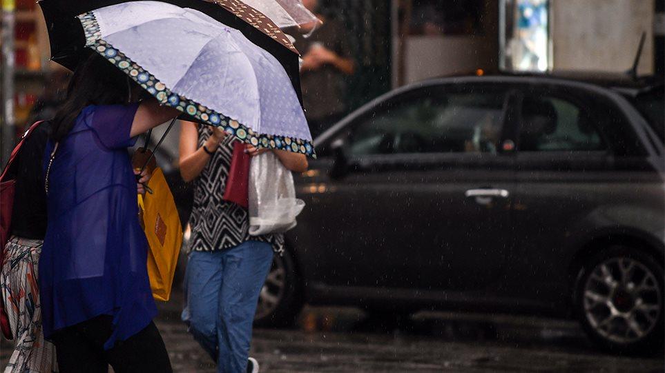"""Έκτακτο δελτίο καιρού: Έρχονται ισχυρές καταιγίδες, χαλάζι και ισχυροί άνεμοι! """"Βουτιά"""" μέσα σε 24 ώρες θα κάνει ο υδράργυρος! (βιντεο)"""